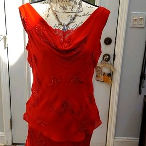 Women's 2 piece Gorgeous silky outfit.